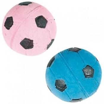 Kassi mänguasi kaks jalgpalli